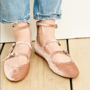 Madewell Pink Blush Velvet Julie Buckle Flat 6.5